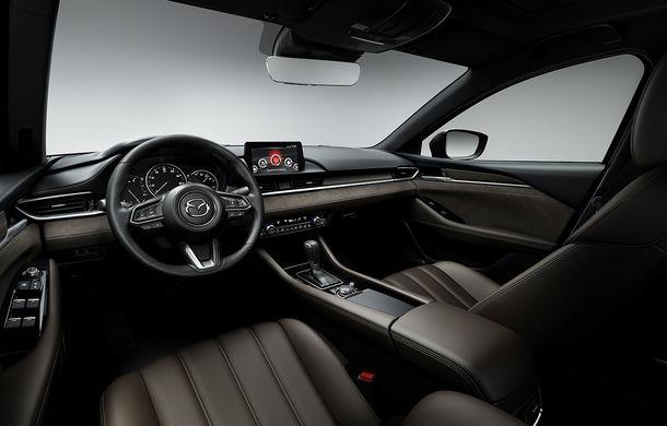Mazda6 primește îmbunătățiri noi: design ușor revizuit și modificări în ceea ce privește comportamentul dinamic - Poza 18