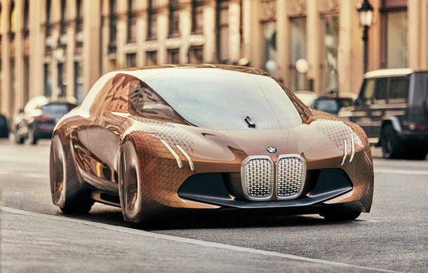 Ambițiile BMW: nemții vor să lanseze 12 modele 100% electrice și 13 hibrizi cu autonomie de până la 700 de kilometri - Poza 1