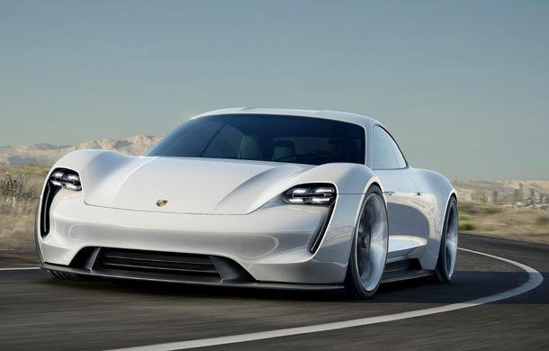 Aproape de varianta finală: Porsche a efectuat primele teste cu modelul electric ce va fi lansat în 2020 - Poza 1