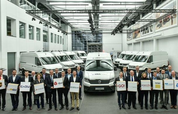 Volkswagen a livrat primele exemplare e-Crafter: motor de 134 CP și autonomie de circa 160 de kilometri - Poza 2