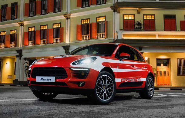 """Campanie în Singapore: Porsche Macan promovat cu ajutorul unor """"haine"""" celebre în motorsport - Poza 5"""