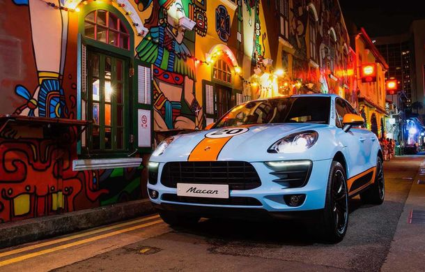 """Campanie în Singapore: Porsche Macan promovat cu ajutorul unor """"haine"""" celebre în motorsport - Poza 3"""