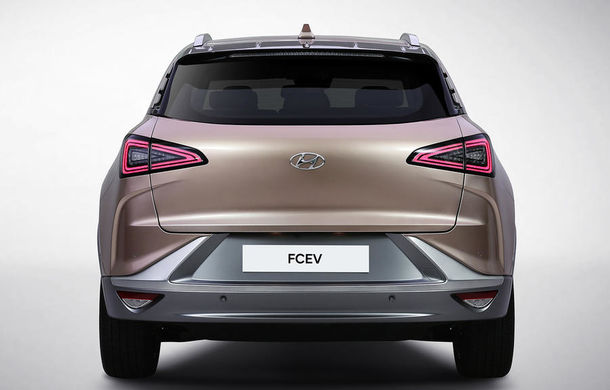 Autonomie de 800 de kilometri pe hidrogen: Hyundai prezintă un concept SUV electric în Las Vegas - Poza 8
