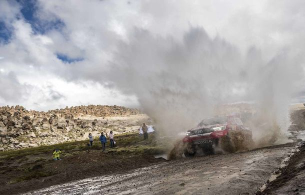 """Prima zi de pauză în Raliul Dakar: Peugeot domină cea mai dură competiție de rally-raid din lume cu ajutorul lui Stephane """"Mr. Dakar"""" Peterhansel - Poza 9"""