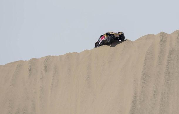 """Prima zi de pauză în Raliul Dakar: Peugeot domină cea mai dură competiție de rally-raid din lume cu ajutorul lui Stephane """"Mr. Dakar"""" Peterhansel - Poza 4"""