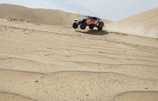 """Prima zi de pauză în Raliul Dakar: Peugeot domină cea mai dură competiție de rally-raid din lume cu ajutorul lui Stephane """"Mr. Dakar"""" Peterhansel - Poza 3"""