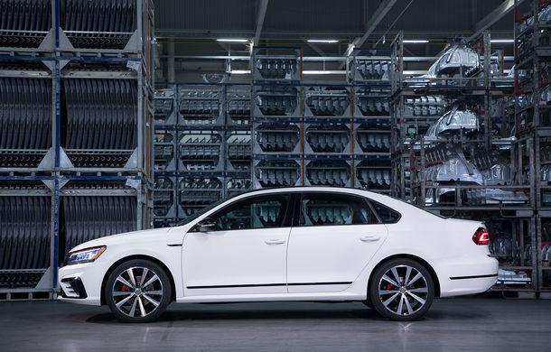 Volkswagen Passat GT: modelul german primește o versiune sportivă pentru clienții din Statele Unite - Poza 6