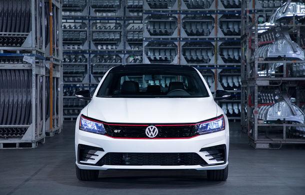 Volkswagen Passat GT: modelul german primește o versiune sportivă pentru clienții din Statele Unite - Poza 2