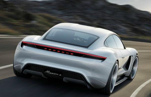 Încărcare rapidă pentru versiunea de serie a lui Porsche Mission E: 80% din capacitatea acumulatorilor în mai puțin de 20 de minute - Poza 1