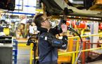 """Ford introduce costume de tip """"Iron Man"""" pentru muncitorii de pe linia de asamblare"""