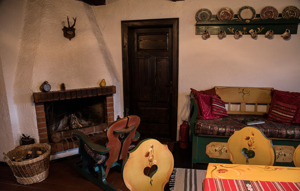 Cu noul Duster în creierii munților: spectacolul crestelor și călătorie în timp la casa de vacanță Căsuța Bunicii - Poza 27