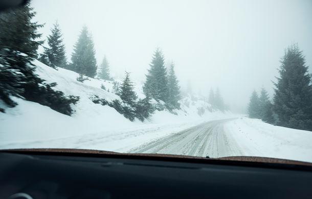 Cu noul Duster în creierii munților: ploaie, ceață, zăpadă și povestea de dragoste descoperită la Cabana Muntele Mic - Poza 33