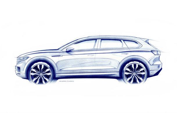 Prima schiță oficială cu viitoarea generație Volkswagen Touareg: SUV-ul german debutează în 23 martie și promite un cockpit nou și un sistem de direcție integrală - Poza 1
