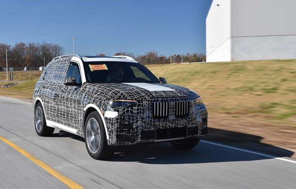Varianta de serie a lui BMW X7 va fi prezentată oficial în luna noiembrie: debutul noului SUV este programat pentru Salonul Auto de la Los Angeles - Poza 1