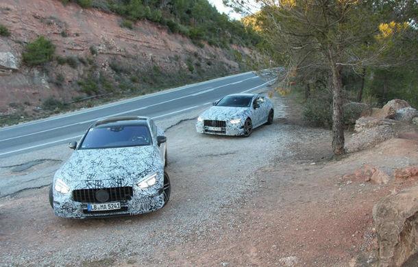 Mercedes-AMG GT Coupe camuflat: primele imagini oficiale cu rivalul lui Porsche Panamera - Poza 1