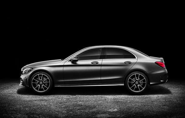 Găsiți diferențele: actualizare subtilă estetică și tehnologică pentru Mercedes-Benz Clasa C - Poza 2