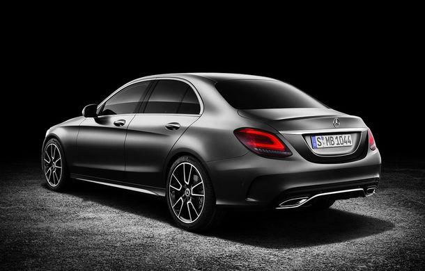 Găsiți diferențele: actualizare subtilă estetică și tehnologică pentru Mercedes-Benz Clasa C - Poza 3