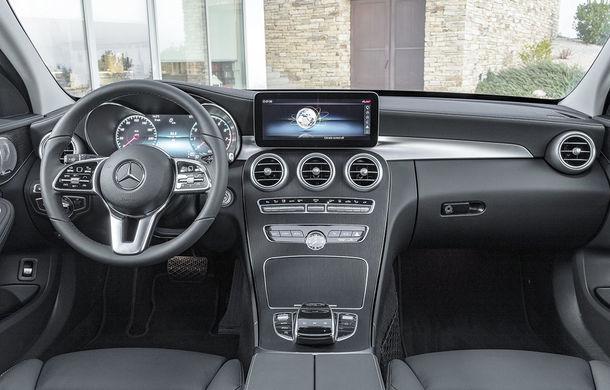 Găsiți diferențele: actualizare subtilă estetică și tehnologică pentru Mercedes-Benz Clasa C - Poza 5