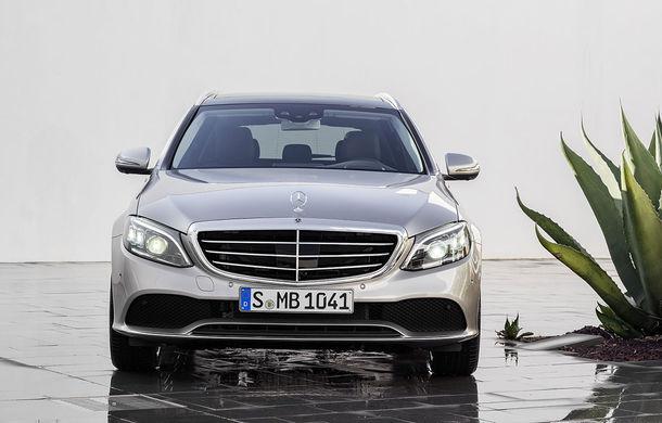 Găsiți diferențele: actualizare subtilă estetică și tehnologică pentru Mercedes-Benz Clasa C - Poza 7