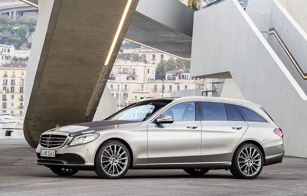 Găsiți diferențele: actualizare subtilă estetică și tehnologică pentru Mercedes-Benz Clasa C - Poza 18