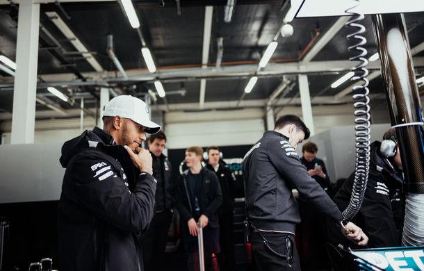 Mercedes a prezentat noul monopost pentru sezonul 2018: Hamilton, convins că va semna noul contract în martie - Poza 6