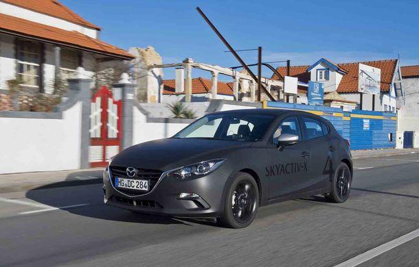 Am condus prototipul viitorului Mazda 3: povestea Skyactiv-X, motorul pe benzină cu consum de diesel - Poza 5