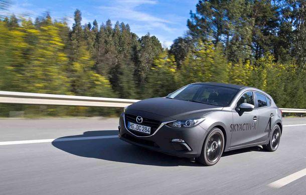 Am condus prototipul viitorului Mazda 3: povestea Skyactiv-X, motorul pe benzină cu consum de diesel - Poza 11