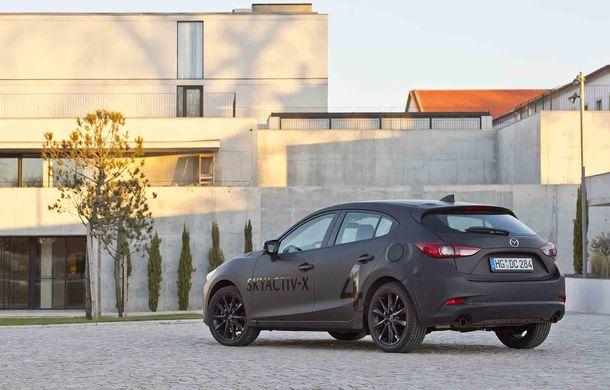 Am condus prototipul viitorului Mazda 3: povestea Skyactiv-X, motorul pe benzină cu consum de diesel - Poza 15