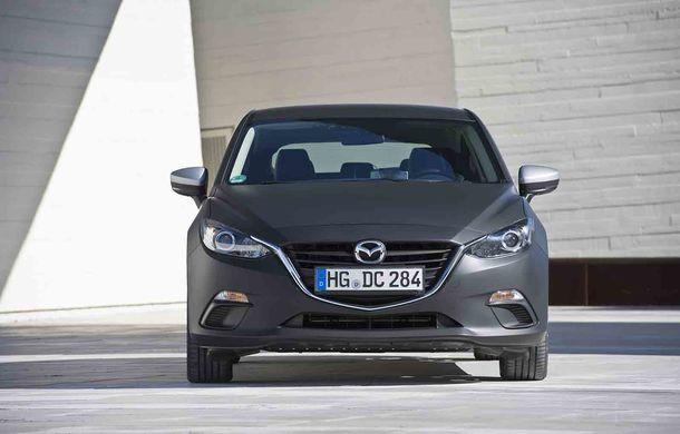 Am condus prototipul viitorului Mazda 3: povestea Skyactiv-X, motorul pe benzină cu consum de diesel - Poza 21