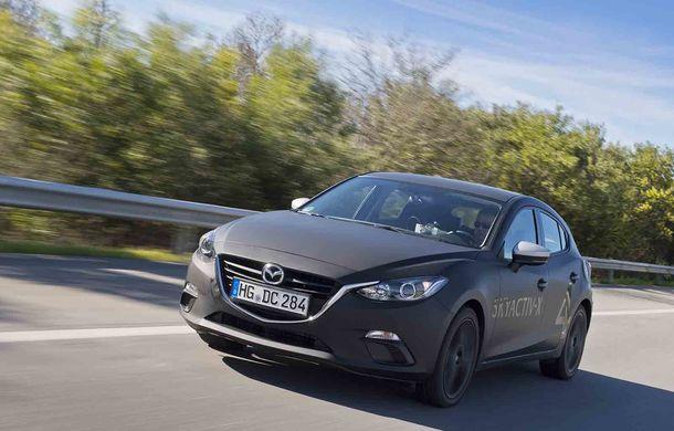 Am condus prototipul viitorului Mazda 3: povestea Skyactiv-X, motorul pe benzină cu consum de diesel - Poza 9