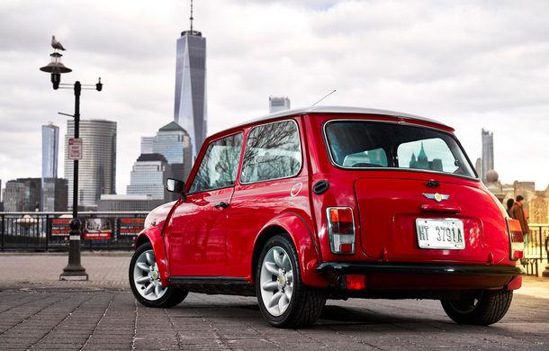 Arc peste timp: un Mini clasic a fost transformat într-un vehicul 100% electric - Poza 8