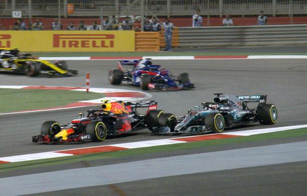 """Hamilton, surprins în timp ce îl jignea pe Verstappen după incidentul din Bahrain. Olandezul îi ia apărarea: """"Astfel de lucruri se întâmplă"""" - Poza 1"""
