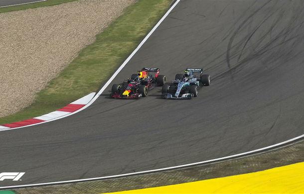 Ricciardo a câștigat cursa din China după patru depășiri pe final! Bottas și Raikkonen, podium după un acroșaj între Vettel și Verstappen - Poza 4