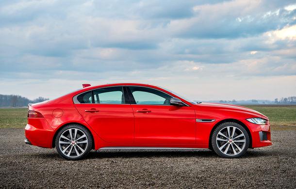 Jaguar introduce noile XE și XF 300 Sport: motor de 2.0 litri benzină cu 300 de cai putere - Poza 7