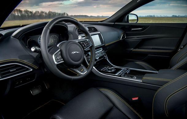 Jaguar introduce noile XE și XF 300 Sport: motor de 2.0 litri benzină cu 300 de cai putere - Poza 29