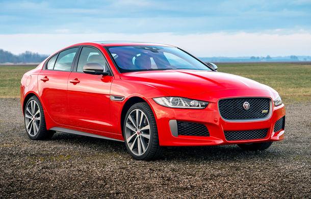 Jaguar introduce noile XE și XF 300 Sport: motor de 2.0 litri benzină cu 300 de cai putere - Poza 1