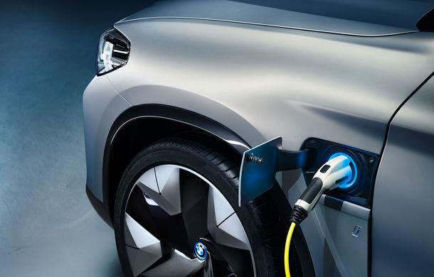 BMW iX3 Concept: 270 CP și autonomie de 400 de kilometri pentru SUV-ul electric care se va lansa în versiune de serie în 2020 - Poza 16