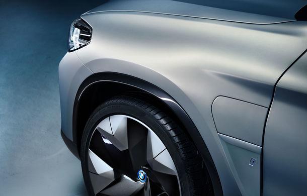 BMW iX3 Concept: 270 CP și autonomie de 400 de kilometri pentru SUV-ul electric care se va lansa în versiune de serie în 2020 - Poza 14