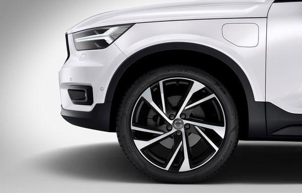 Volvo a lansat noul XC40 T5 Twin-Engine: SUV-ul hibrid pregătit de suedezi a fost expus la Beijing - Poza 10