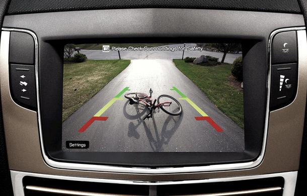 Camera de marșarier devine obligatorie pe toate mașinile din SUA: aproape 17% dintre accidentele generate de mersul cu spatele vor putea fi prevenite - Poza 1
