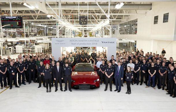 Aston Martin Vantage a intrat oficial în producție: primele exemplare vor ajunge la clienți până la sfârșitul lunii mai - Poza 1