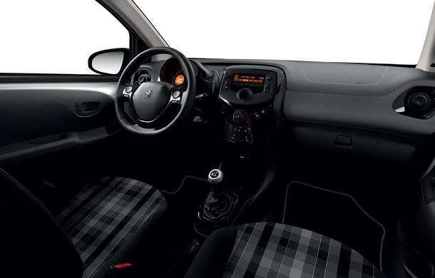 Îmbunătățiri tehnologice pentru Peugeot 108: motor de 1.0 litri și 72 CP și sistem pentru recunoașterea semnelor de circulație - Poza 13