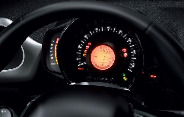 Îmbunătățiri tehnologice pentru Peugeot 108: motor de 1.0 litri și 72 CP și sistem pentru recunoașterea semnelor de circulație - Poza 12