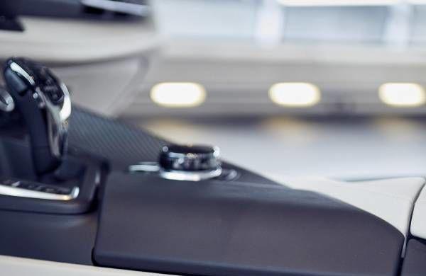 BMW a livrat primele exemplare i8 Roadster: 18 unități First Edition au ajuns la clienții lor - Poza 2