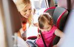 Studiu: 59% dintre părinți nu montează corect scaunul auto pentru copil