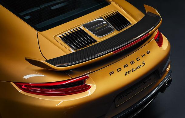 Noua generație Porsche 911 debutează în noiembrie: tehnologii noi și motoare mai puternice - Poza 1