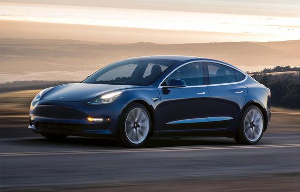 Tesla va introduce noi funcții autonome pentru Autopilot: lansarea este programată pentru luna august - Poza 1