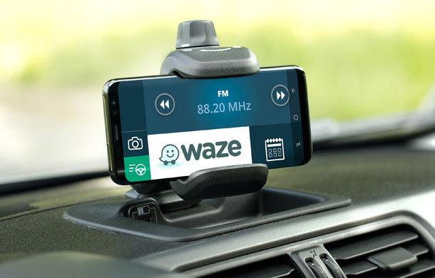 Fiat Panda Waze: modelul de oraș integrează aplicația de navigație în sistemul de infotainment - Poza 10