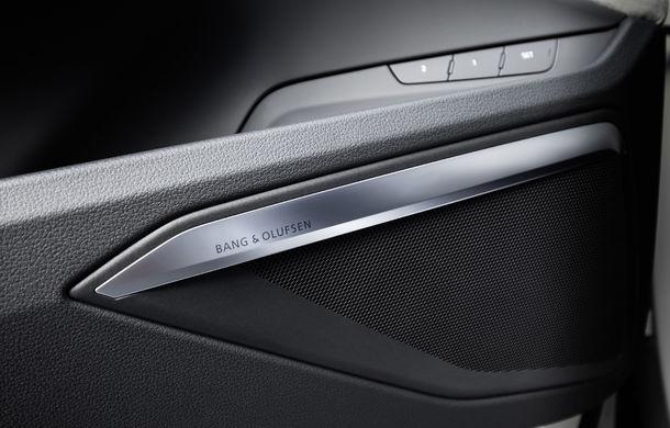 Primele imagini cu interiorul lui Audi e-tron: SUV-ul electric are 5 ecrane, dintre care două pentru camerele care înlocuiesc oglinzile - Poza 17