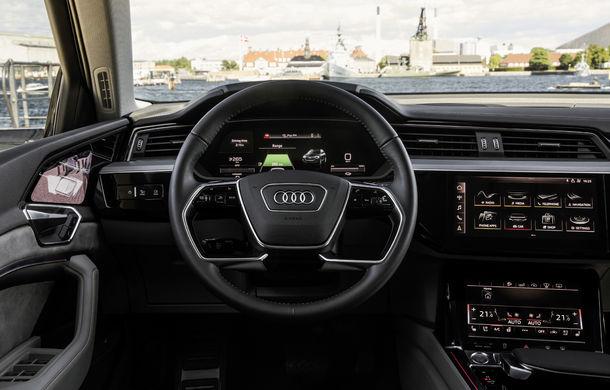 Primele imagini cu interiorul lui Audi e-tron: SUV-ul electric are 5 ecrane, dintre care două pentru camerele care înlocuiesc oglinzile - Poza 6